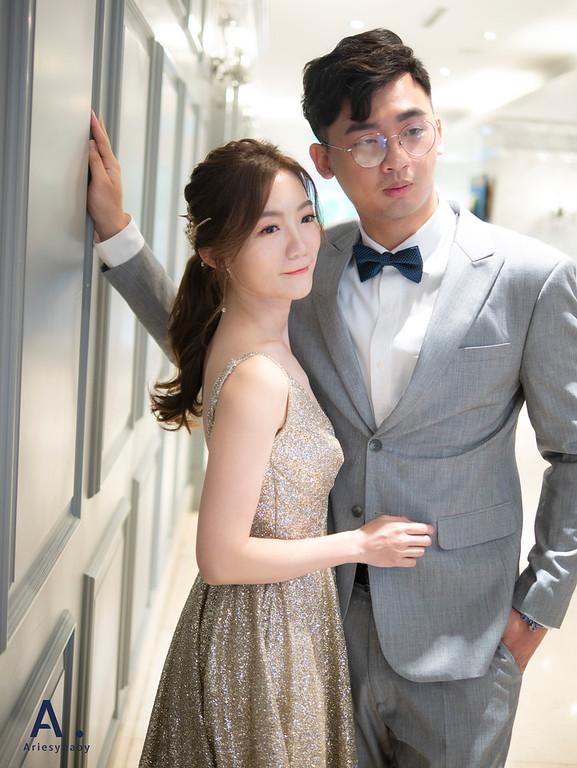 新祕,Ariesybaby造型團隊,台北新秘,新秘推薦,清透自然妝感,晚禮服造型,花藝造型