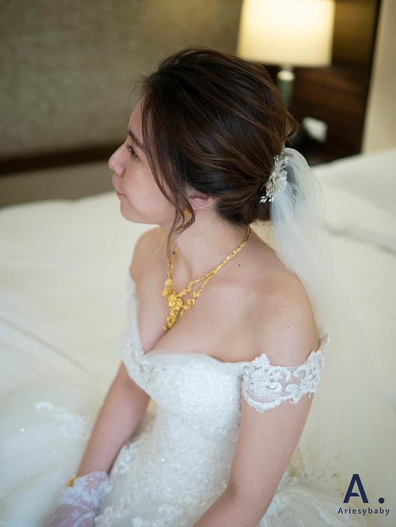 新祕,Ariesybaby造型團隊,白紗造型,蓬鬆盤髮,迎娶造型