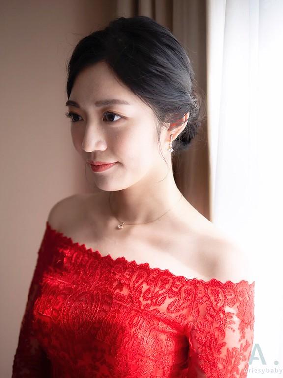 新祕,Ariesybaby造型團隊,歐美新娘,清透自然妝感,文定造型,紅色禮服造型