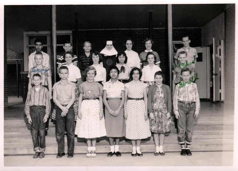 Sacred Heart Elementary School Class - Sister Maria Garretti (spelling probably wrong) - 1955 - We were all about 12 or 13 years old... oh wow.... Here are some of the names Left to Right, Front row: Johnny Holland, Paul Gerdes, Eileen (Cousin) Gerdes, Beatrice Paz, Niki Matocha, Mercedes Harky(?), Gerald Trlica (dig those socks!!!!); Second row - Leroy Ryza, ?, Bridget McWhorter, ?, ?, Hughes  Thomas, Back Row; ?, Jerry Schultz, Jerry(?) Matula,Sister Garretti, Linda Rozypal, Barbara(?) Gerla, Johnny Janski. Dang it I wish I remembered everybody's name..help me out here....Will edit as I get the names...email = fpgerdes@gmail.com