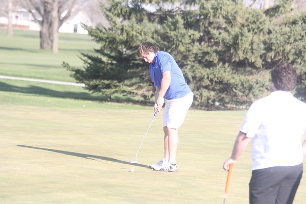 Siouxland Conference boys golf at Larchwood 4-14-16