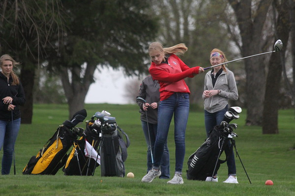 Siouxland Conference girls' golf at Rock River Golf and Country Club