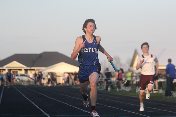 Siouxland Conference track meet in Hull 5-4-17