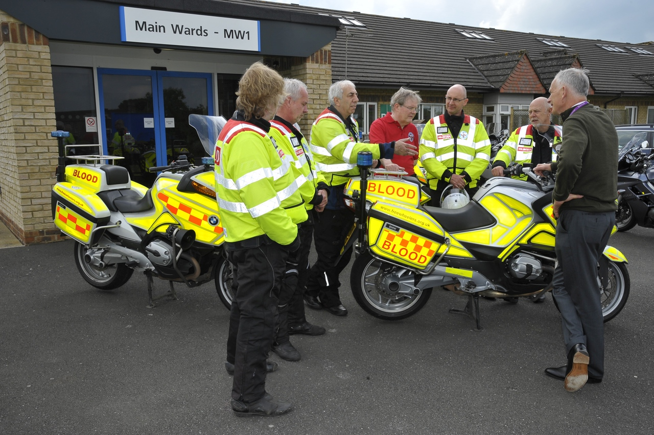 Simon Knighton, Chairman of Sirona meeting Freewheelers at St Martins