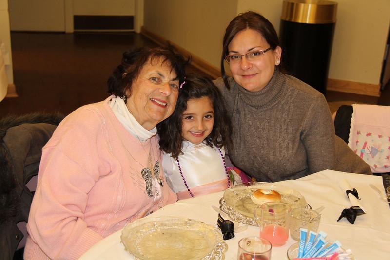 Sisterhood M_D Tea 2012-029
