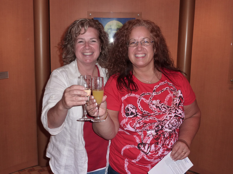 Getting started off on the right foot, champagne a plenty.<br /> Alaska Cruise<br /> 2010