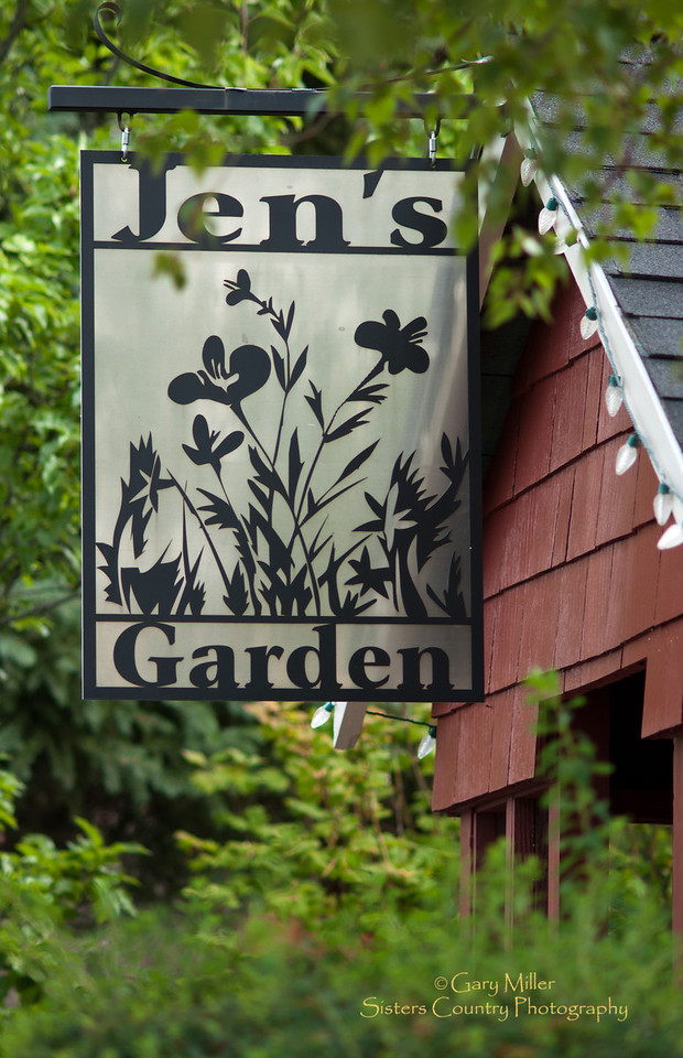 Jen's Garden, a 5 star restaurant in Sisters, Oregon - Photo by Gary N. Miller - Sisters Country Photography