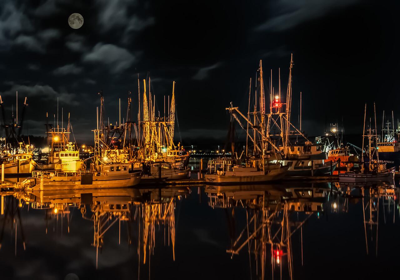 Night at Yaquina Bay Harbor