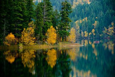 Boating 2, Gardom Lake, near Enderby, Shuswap, fall, activities, Darren Robinson