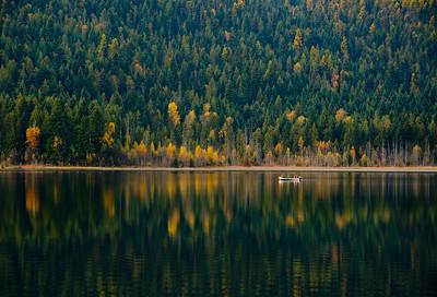 Boating 10, Hidden Lake, near Enderby, Shuswap, fall, activities, Darren Robinson
