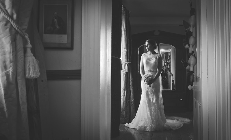 Fianait by window light #winterwedding#35mm#elegantbride
