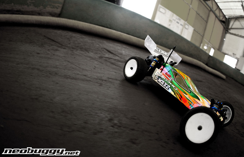 http://gallery.neobuggy.net/Site-Photos/Yokomo-B-Max2/i-q9VB3cT/0/L/AT42066-L.jpg
