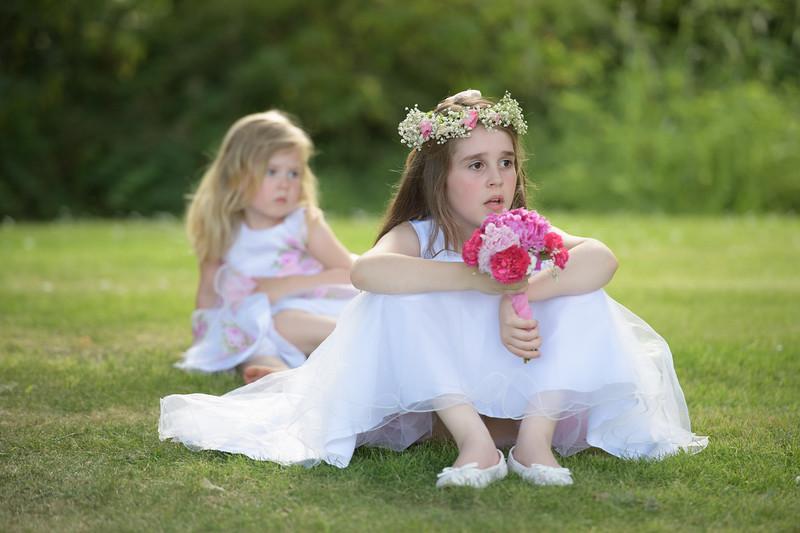 flower girls playing
