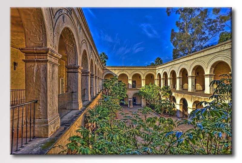 Balboa-courtyard-