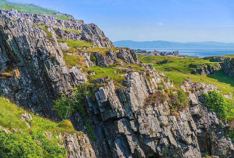 Cliffs-about-Sandeels-bay-4533