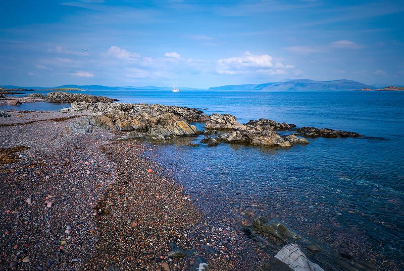 IOna-North-Shore-pebbles-4101-copy