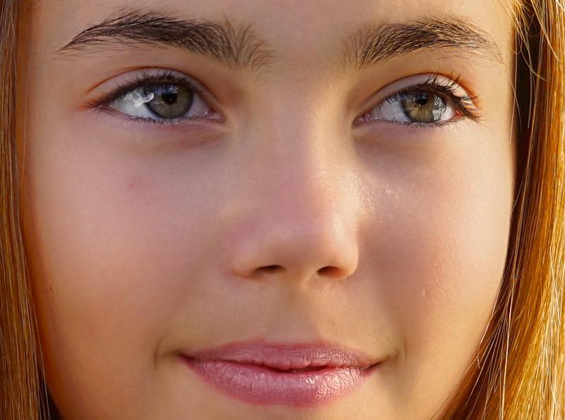 Kimmy-0342-eyes--