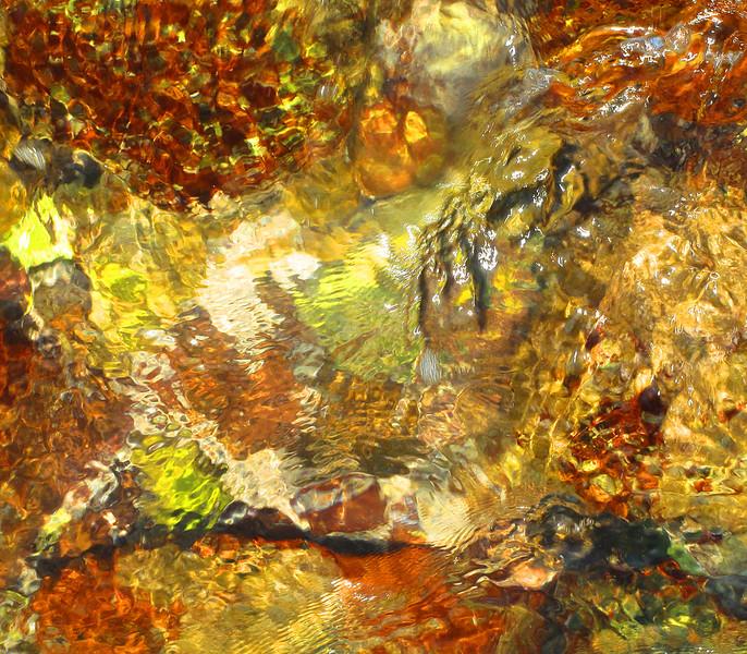 sea-on-rocks-2