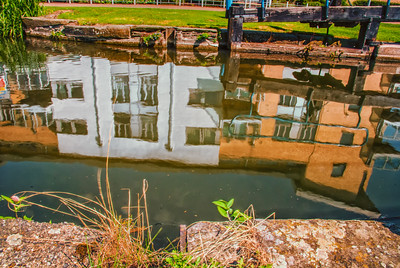 Reflection in Springfield Lock