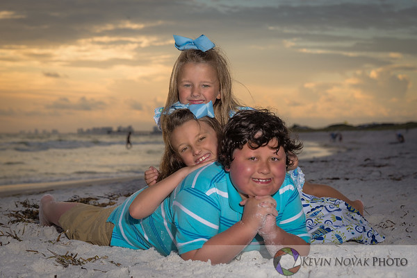 Family Beach Portraits by Kevin Novak Photo.