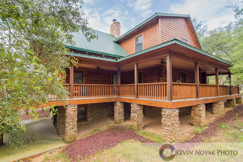 3385 Lodge Drive, Chipley, FL.  Real Estate Photography by Kevin Novak Photo.  ©2015 Kevin Novak.