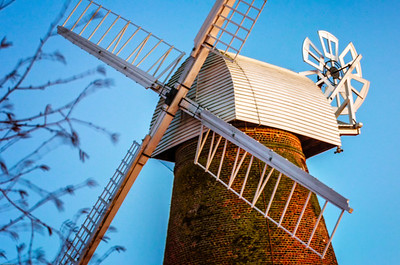 Rayleigh Windmill built in 1809,  is a six storey tower mill with a Kentish cap winded by a six bladed fantail. The mill had two single Spring sails and two Common sails carried on a cast iron windshaft.