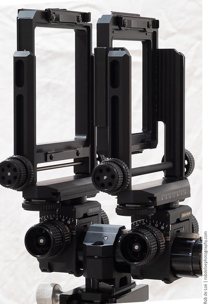 The front and rear standards slide onto a Toyo rail and are held in place with a friction knob.