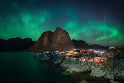Aurora over Hamnoy