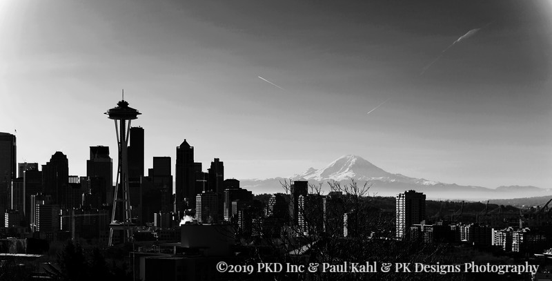 B&W from Kerry Park with a rare Mountain in the background of The City.