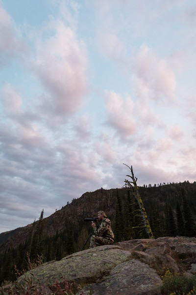 Austin Heinrich (no IG) glassing for high country mule deer in Oregon. August 2017