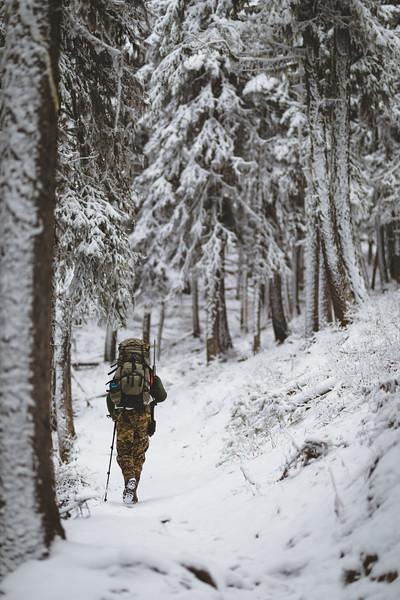 Austin Heinrich hunting mule deer in Washington, November 2018