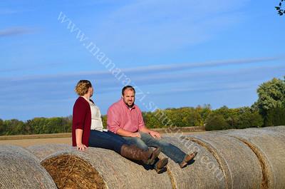 Engagement - Mamarazzi Photography Photo Sitting