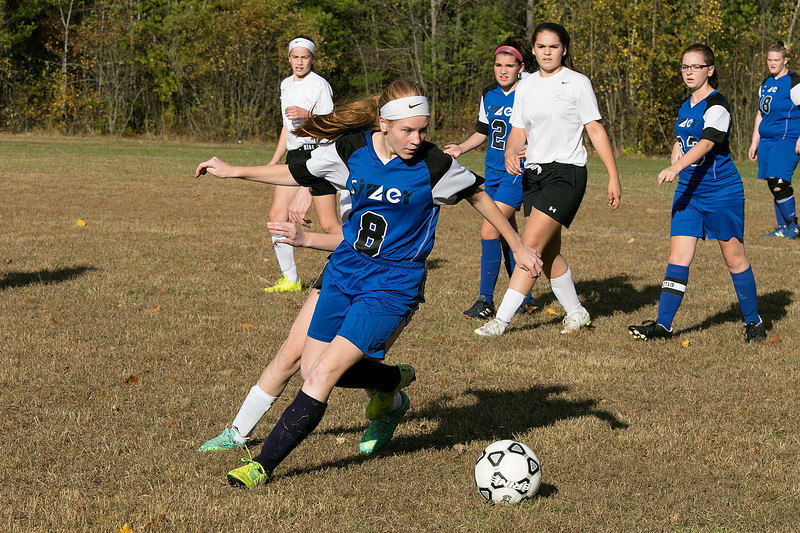 The Sizer School girls soccer in Fitchburg played<br /> Trivium girls on Wednesday afternoon at Saima Park in Fitchburg. Sizer's #8 SENTINEL & ENTERPRISE/JOHN LOVE