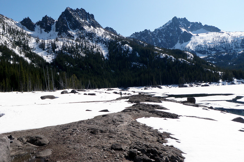 Skirting around Upper Snow Lake.