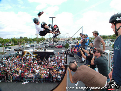Tony Hawk - Active Skate Shop Demo - Orange, CA - May 7, 2005