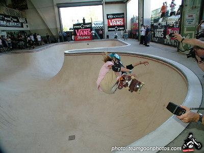 Lyn-Z Adams Hawkins - Pro Tec Pool Party Contest - at VANS - Orange, CA - May 14, 2005