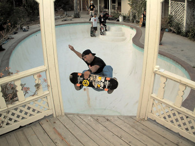 John Torcia - Frontside Air at a killer kidney pool
