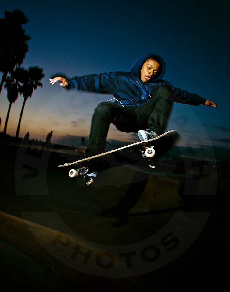 Eli Franklin @ Venice Beach Skatepark, Venice California.