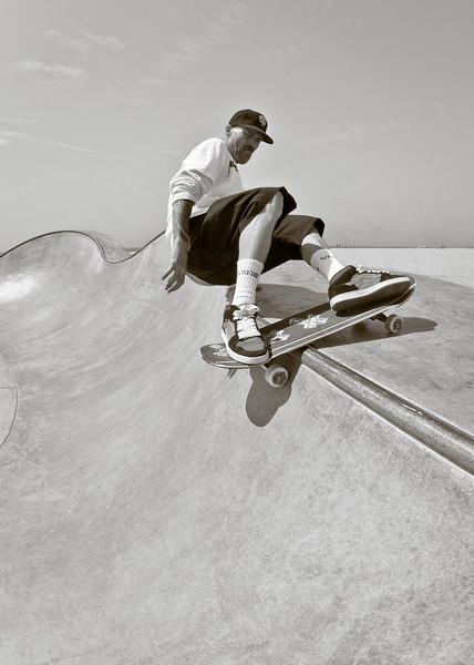 Tim Jackson @ Venice Skatepark, Venice Beach California. VeniceBeachPhotos.com