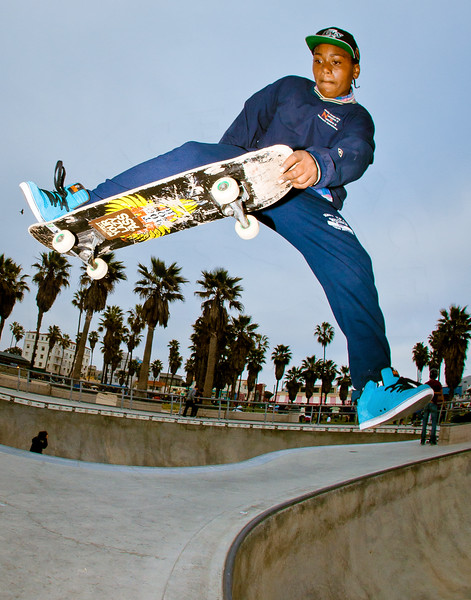 Unknown Skateboarder @ Venice Skatepark, Venice Beach California. VeniceBeachPhotos.com