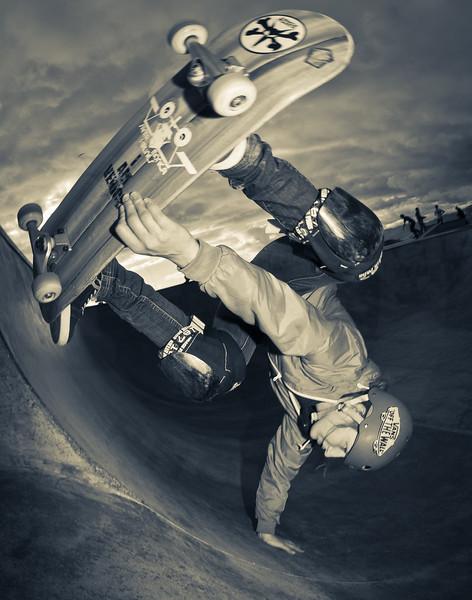 Caro Vi @ Venice Skatepark, Venice Beach California. VeniceBeachPhotos.com