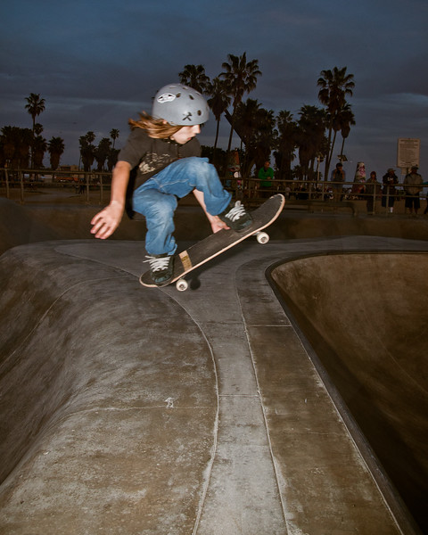 Trent Smith @ Venice Skatepark, Venice Beach California. VeniceBeachPhotos.com