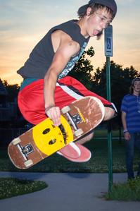 Boys Skateboarding (21 of 76)