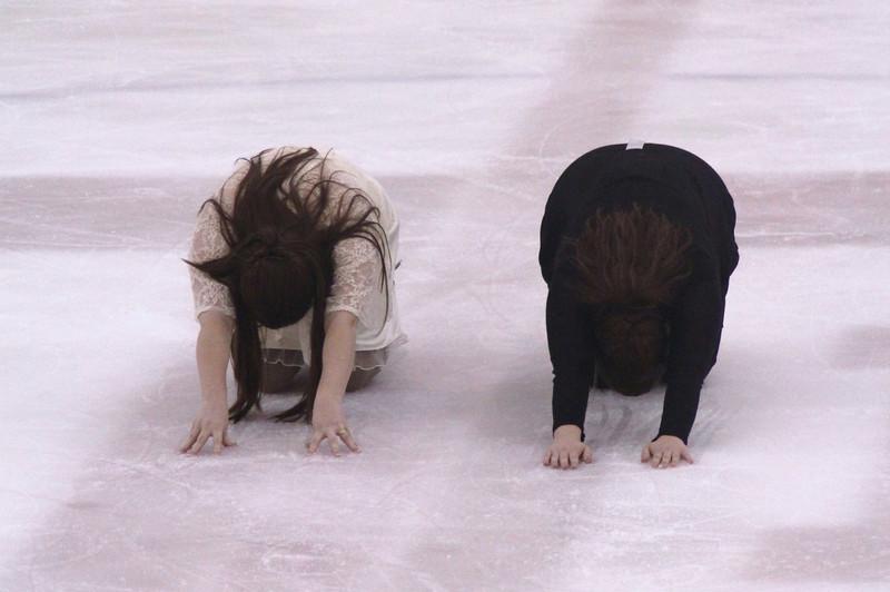 Amy & Rebecca - Apr12