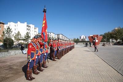 2021 оны есдүгээр сарын 30. Монгол, орос цэргүүд Жуковын хөшөөнд цэцэг өргөж хүндэтгэл үзүүллээ.  ГЭРЭЛ ЗУРГИЙГ Д.ЗАНДАНБАТ/MPA