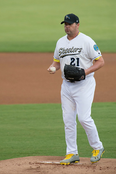 Sugar Land Skeeters Roger Clemens.  First pitch jitters.