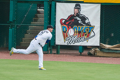 Sugar Land Skeeters Roger Clemens Warms Up Rocket Man