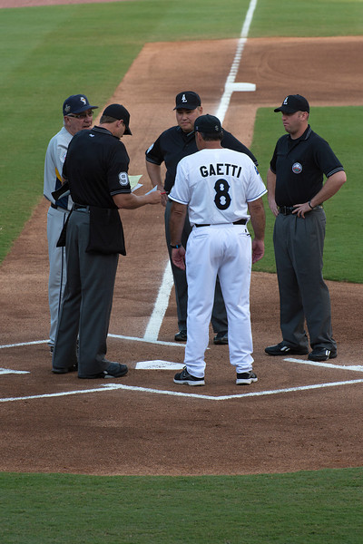 Sugar Land Skeeters Manager Gary Gaetti and Umpires