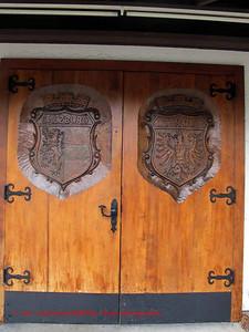 Armorial doors Edelweiss Chalet