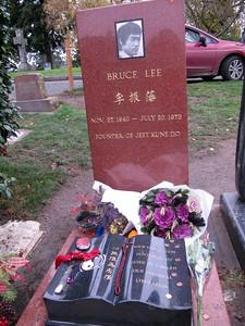 Bruce Lee grave